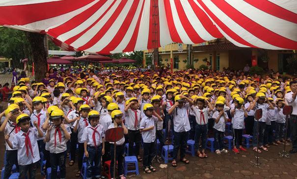 Học sinh trường tiểu học Gia Sàng - TP Thái Nguyên được nhận MBH